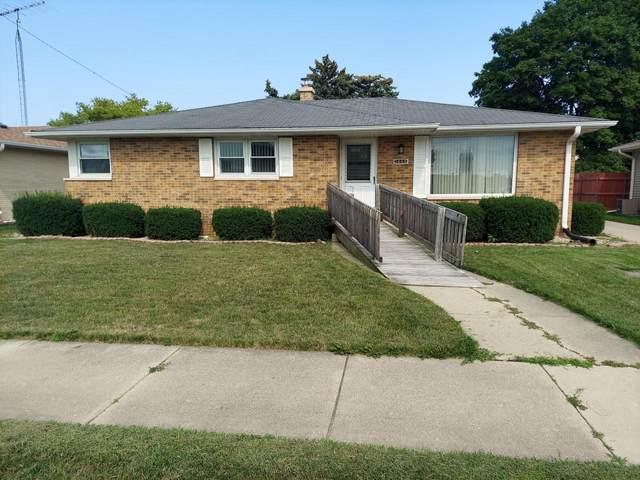 1445 18th Ave, Kenosha, WI 53140 (#1753726) :: RE/MAX Service First