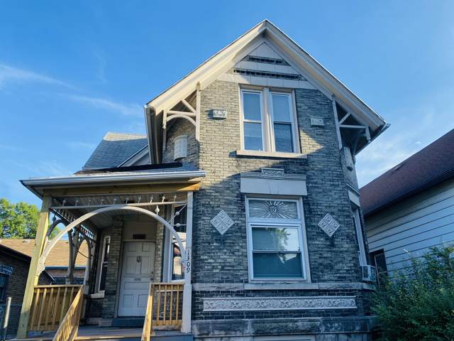 1309 W Orchard St, Milwaukee, WI 53204 (#1753768) :: Re/Max Leading Edge, The Fabiano Group