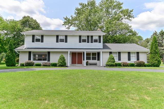 1825 Village Green Ct, Elm Grove, WI 53122 (#1754006) :: Re/Max Leading Edge, The Fabiano Group