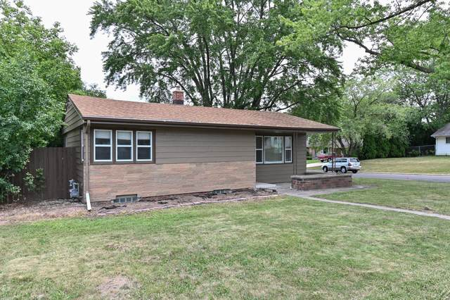 3596 S 46th St, Greenfield, WI 53220 (#1754189) :: EXIT Realty XL