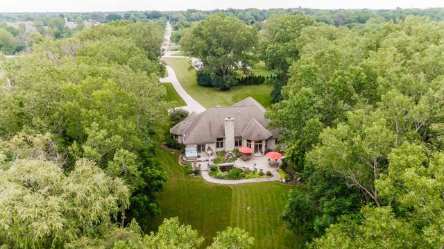 4225 Lilly Rd, Brookfield, WI 53005 (#1754233) :: EXIT Realty XL