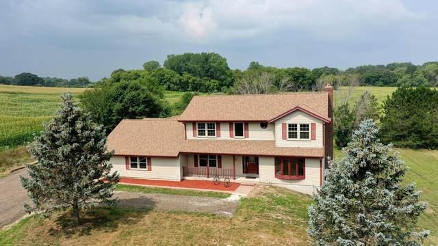 W1204 Honey Creek Rd, East Troy, WI 53105 (#1754252) :: Keller Williams Realty - Milwaukee Southwest