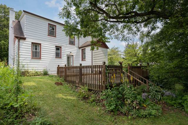 4232 Goleys Ln, Caledonia, WI 53404 (#1754316) :: RE/MAX Service First