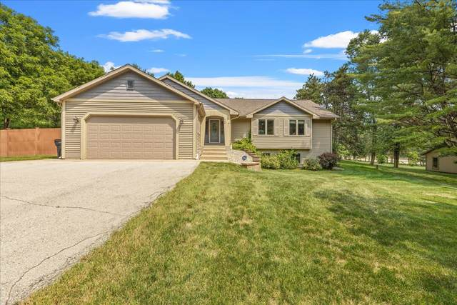 468 S Welsh Rd, Wales, WI 53183 (#1754336) :: EXIT Realty XL