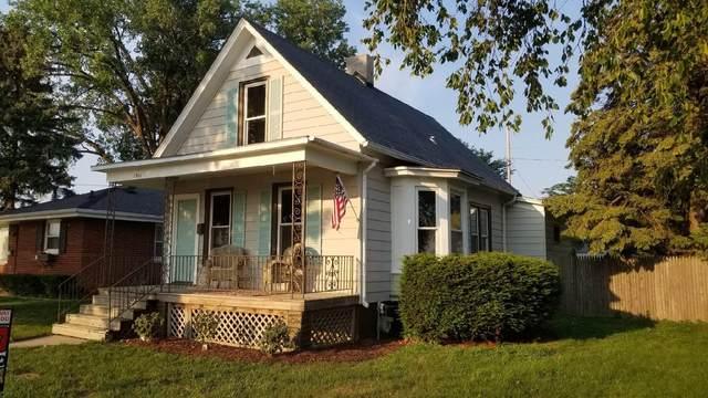 1911 West Blvd, Racine, WI 53405 (#1754346) :: RE/MAX Service First