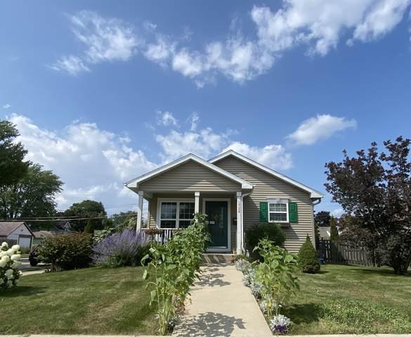 1728 28th St, Kenosha, WI 53140 (#1754361) :: OneTrust Real Estate