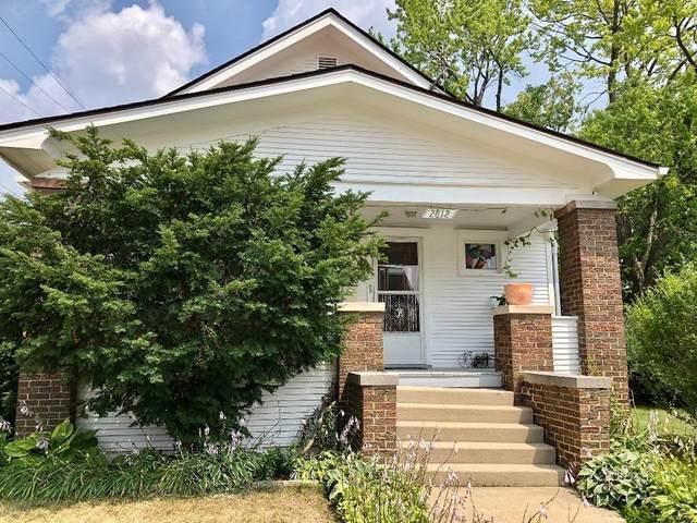 2812 Olive St, Racine, WI 53403 (#1754434) :: OneTrust Real Estate