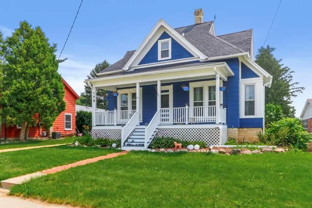 158 Martin St, Sharon, WI 53585 (#1754468) :: Tom Didier Real Estate Team