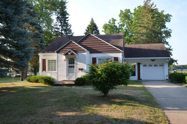 1057 W Highland St, Whitewater, WI 53190 (#1754509) :: OneTrust Real Estate