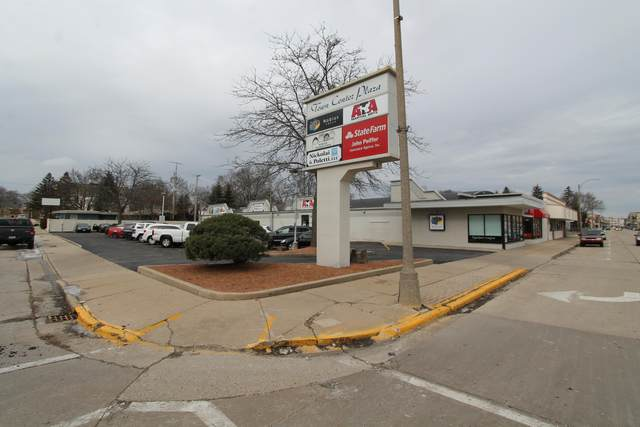 109 N Pine St, Burlington, WI 53105 (#1754547) :: Keller Williams Realty - Milwaukee Southwest