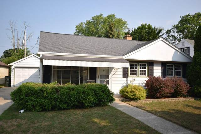 226 Hawthorn Dr, West Bend, WI 53095 (#1754581) :: EXIT Realty XL