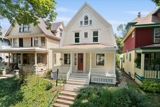 948 N 34th St, Milwaukee, WI 53208 (#1754614) :: RE/MAX Service First
