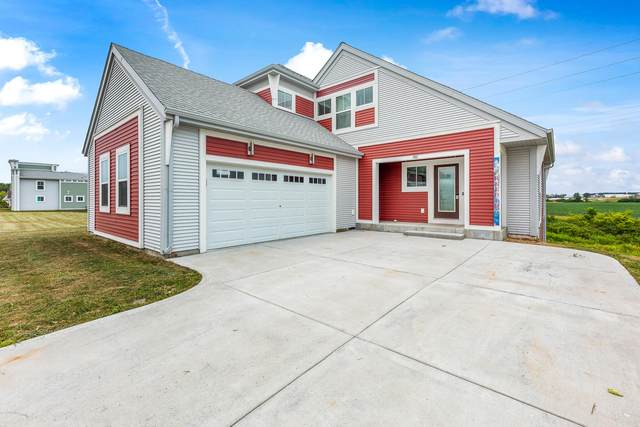 782 Skypark Dr, Hartford, WI 53027 (#1754678) :: RE/MAX Service First