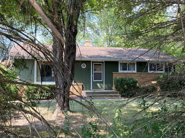 4820 County Line Rd, Mount Pleasant, WI 53403 (#1754693) :: RE/MAX Service First
