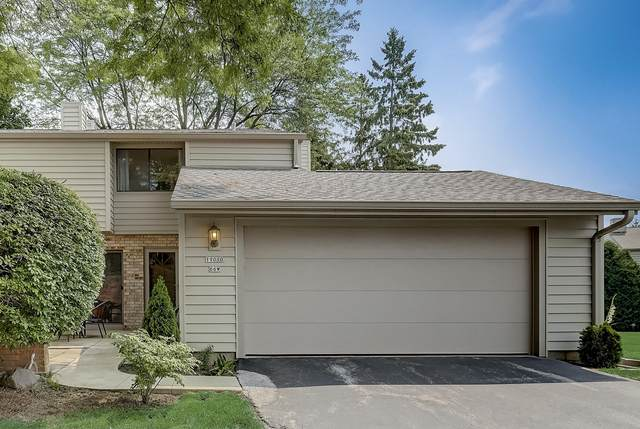 11010 N Elder Tree Ct, Mequon, WI 53092 (#1754696) :: EXIT Realty XL