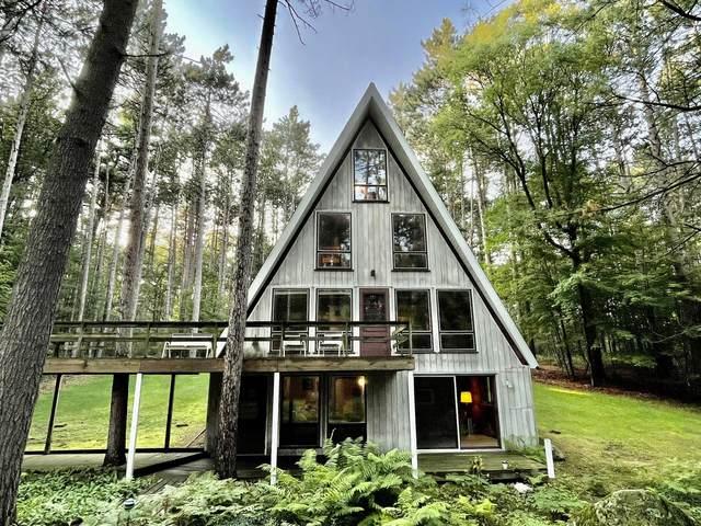 1206 Little River Rd, Marinette, WI 54143 (#1754791) :: Tom Didier Real Estate Team