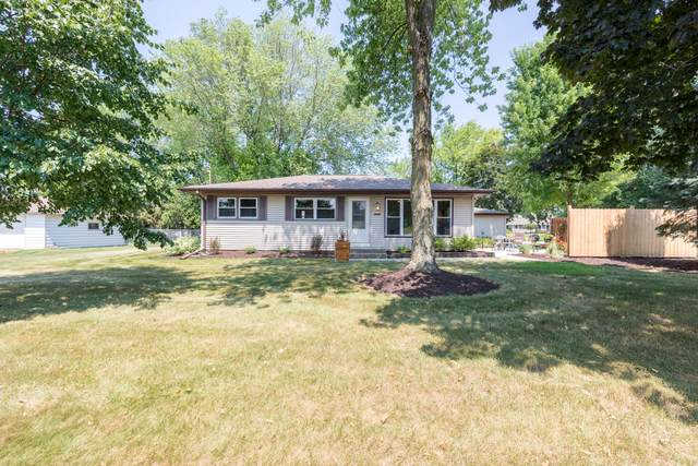 5638 State Hwy 60, Hartford, WI 53027 (#1754812) :: EXIT Realty XL