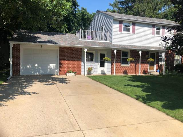 W236N6530 Hillview Dr, Sussex, WI 53089 (#1754827) :: EXIT Realty XL