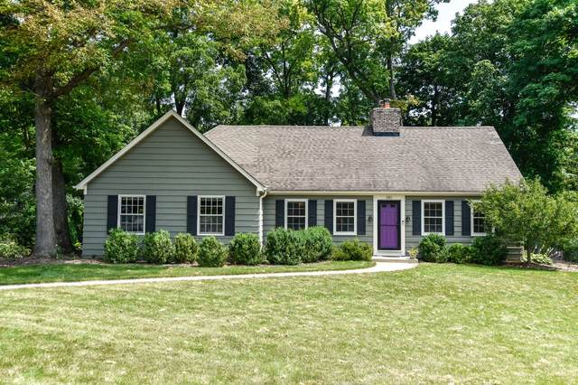 850 Brinsmere Dr, Elm Grove, WI 53122 (#1754963) :: EXIT Realty XL