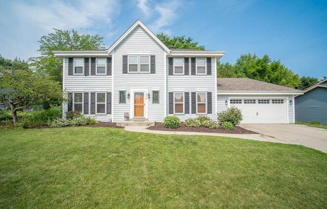 1014 Cottonwood Ct, West Bend, WI 53095 (#1754964) :: Re/Max Leading Edge, The Fabiano Group