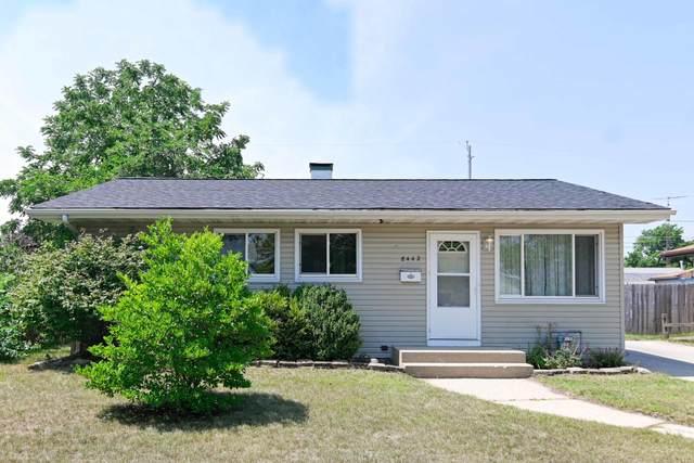 8442 15th Ave, Kenosha, WI 53143 (#1754975) :: Tom Didier Real Estate Team