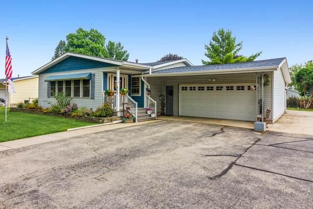 403 W Washington, Delavan, WI 53115 (#1754976) :: Tom Didier Real Estate Team