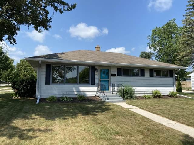 1003 N Benjamin St, Port Washington, WI 53074 (#1755038) :: OneTrust Real Estate