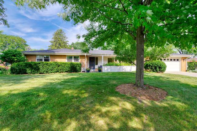 1610 Legion Dr, Elm Grove, WI 53122 (#1755065) :: RE/MAX Service First
