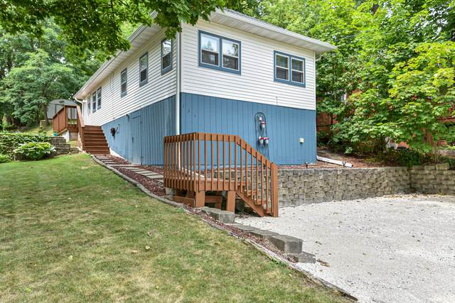 134 Orchard St, Williams Bay, WI 53191 (#1755080) :: EXIT Realty XL