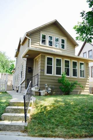 2568 S Graham St, Milwaukee, WI 53207 (#1755090) :: RE/MAX Service First