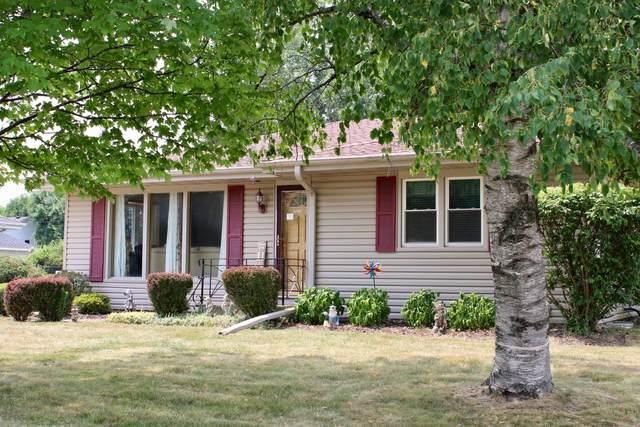 8902 20th Ave, Pleasant Prairie, WI 53143 (#1755100) :: Tom Didier Real Estate Team