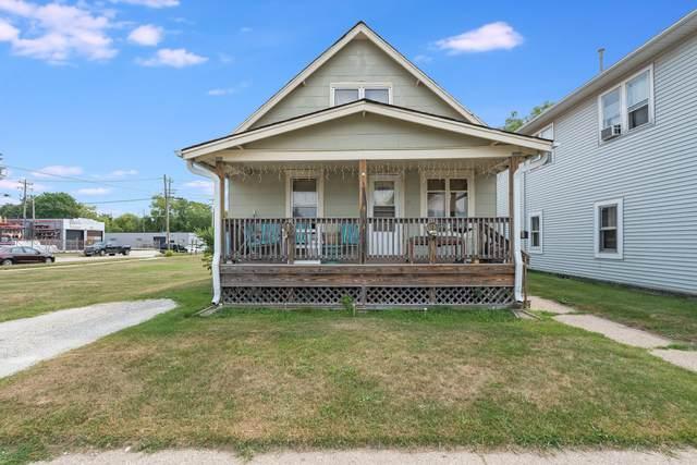 4005 14th Ave, Kenosha, WI 53140 (#1755111) :: Tom Didier Real Estate Team
