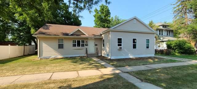 209 E Wisconsin St, Delavan, WI 53115 (#1755115) :: Tom Didier Real Estate Team