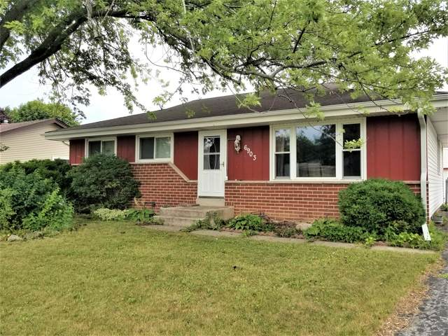 6903 Lone Elm Dr, Caledonia, WI 53402 (#1755152) :: EXIT Realty XL
