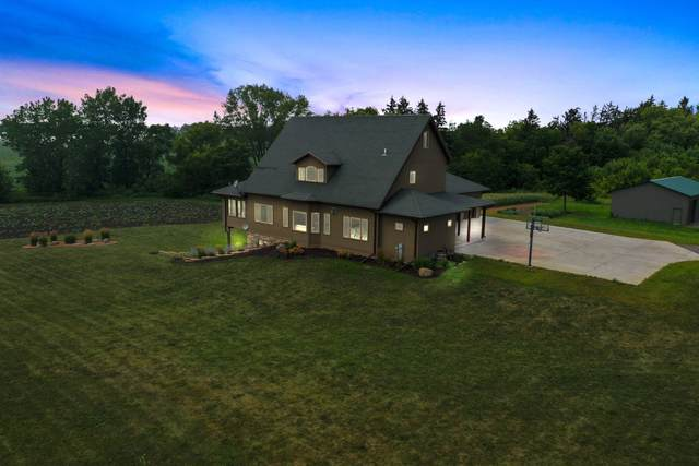 928 S Colony Ave, Yorkville, WI 53182 (#1755190) :: Tom Didier Real Estate Team