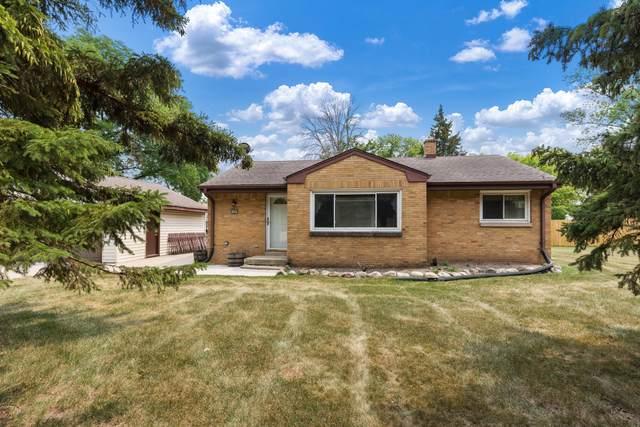 11007 W Ohio St, West Allis, WI 53227 (#1755270) :: Tom Didier Real Estate Team