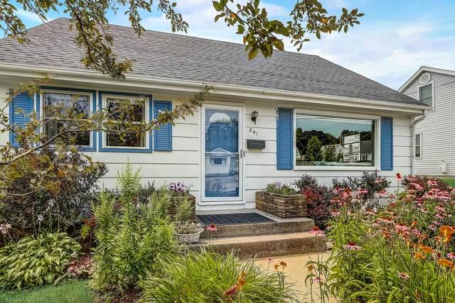 841 W 4th Ave, Port Washington, WI 53074 (#1755272) :: OneTrust Real Estate