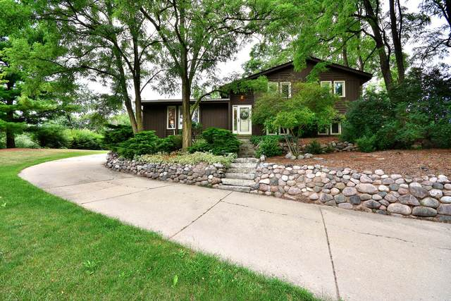 2841 S Franklin Dr, New Berlin, WI 53151 (#1755277) :: EXIT Realty XL