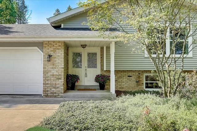 10607 Bridge St, Cedarburg, WI 53012 (#1755295) :: OneTrust Real Estate