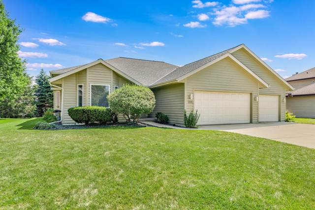 1205 5 Mile Rd, Caledonia, WI 53402 (#1755320) :: EXIT Realty XL