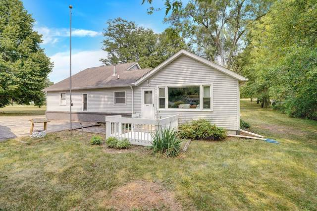 N6176 County Road Dd, Spring Prairie, WI 53105 (#1755321) :: OneTrust Real Estate