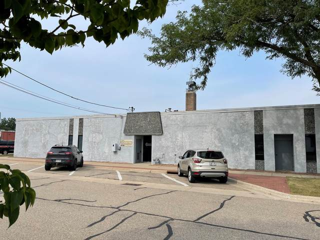 261 S Fourth St, Whitewater, WI 53190 (#1755376) :: Tom Didier Real Estate Team