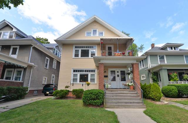 720 Blaine Ave #722, Racine, WI 53405 (#1755453) :: RE/MAX Service First