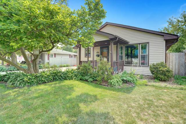 916 High St, Union Grove, WI 53182 (#1755468) :: RE/MAX Service First