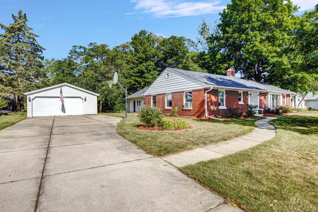 4343 S 34th, Greenfield, WI 53221 (#1755527) :: OneTrust Real Estate