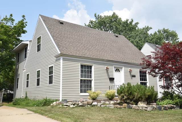 2408 Hayes Ave, Racine, WI 53405 (#1755546) :: RE/MAX Service First
