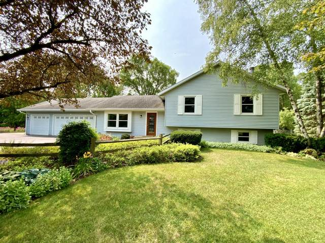 W4031 Sunset Dr, Troy, WI 53120 (#1755601) :: RE/MAX Service First