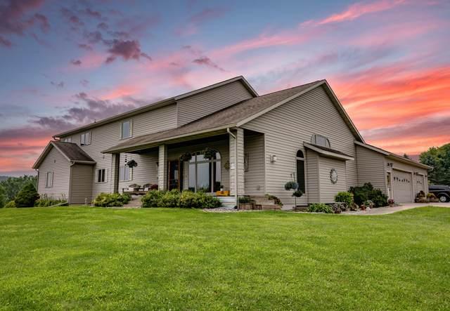 W5477 County Road V, Farmington, WI 54636 (#1755619) :: OneTrust Real Estate