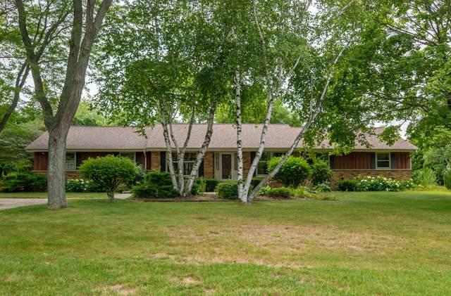 177 Clover Ln, Cedarburg, WI 53012 (#1755658) :: OneTrust Real Estate