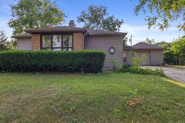 3113 90th St, Sturtevant, WI 53177 (#1755671) :: RE/MAX Service First